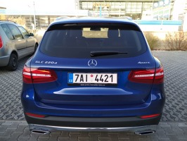 GLC 220d 4matic modrá Brilliant